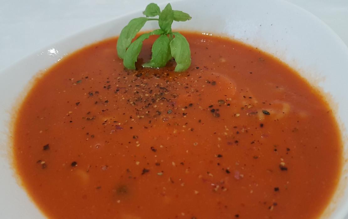 Klasyczna Pomidorowa Z Ryżem Przepis Blog Kulinarny Milenagotujepl