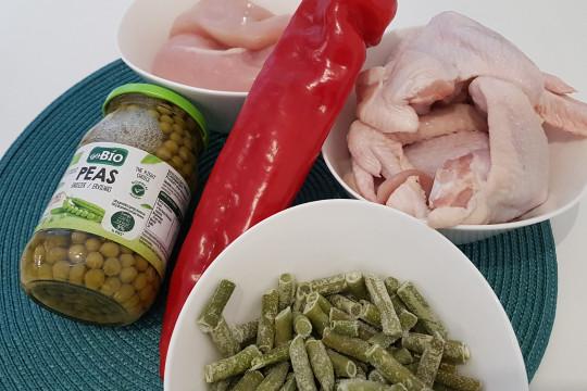 Druga część składników i mięso.